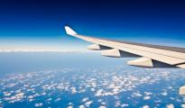 ail-d-un-avion-dans-le-ciel